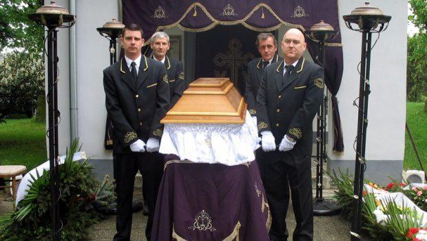 A temetésre kötelezett
